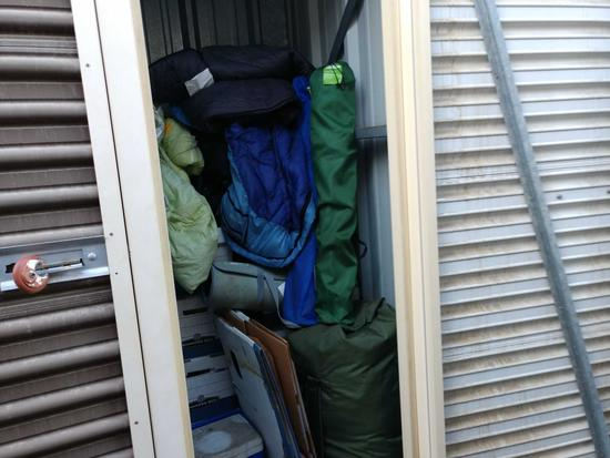 Entire Contents Of X 4ft X 4ft Storage Unit Door Number 23-b7