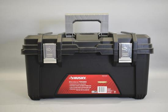Husky 22in Tool Box