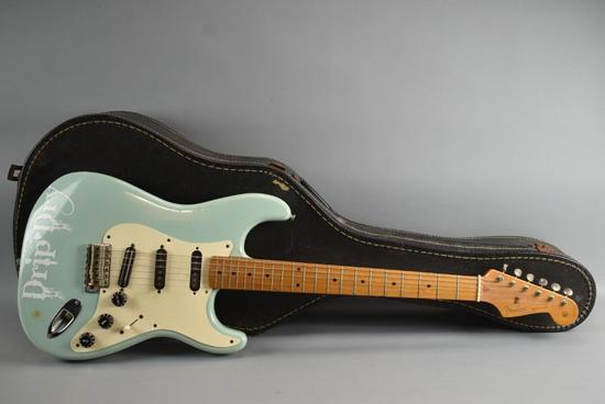 Fender Stratocastor Electric Guitar
