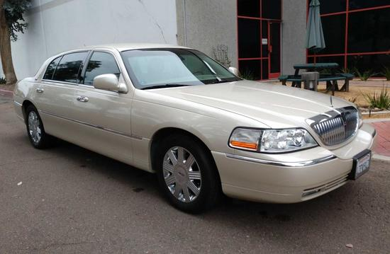 2003 Lincoln Town Car Cartier Limo Edition