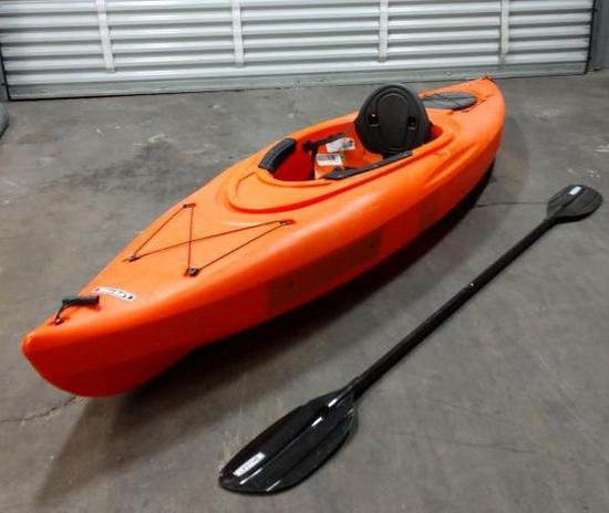 Lifetime Lancer 100 10ft Kayak With Paddle