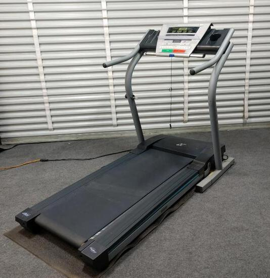 NordicTrack C1800s Tredmill