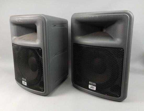 2 Peavy Prio Speakers