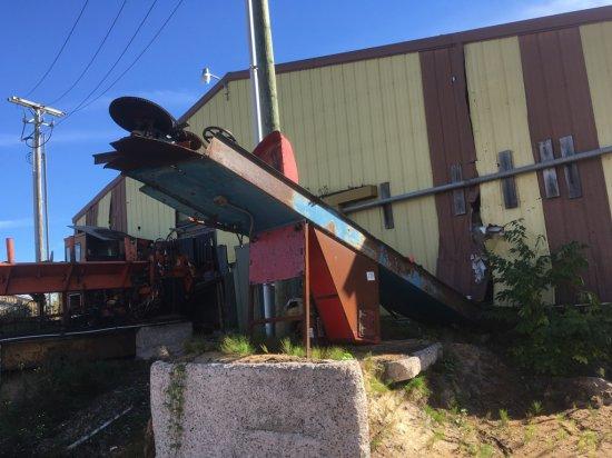 Patz barn sweep waste conveyor w/ approx  210' chain