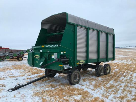 Badger BN 1200 16' chopper box on Miller TA running gear; LH unload; s/n 16-03480.