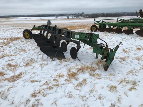John Deere 2700 5-bottom vari width semi mount plow; spring coulters; s/n A02700X014545.