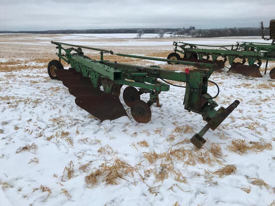 "John Deere 1450 5-bottom 18"" semi mount plow w/ spring coulters; s/n 132634."
