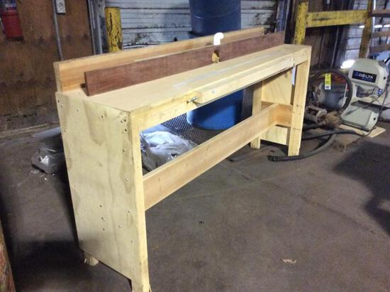 Router table.