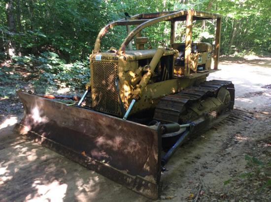 1969 Caterpillar D5 crawler dozer; outside blade; canopy w/ sweeps; s/n 96J1640; (Needs Right
