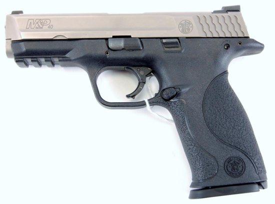 S&W M&P 40 Full Size Semi Auto Pistol