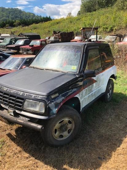1990 Geo Tracker   Vehicles, Marine & Aviation Cars & Trucks