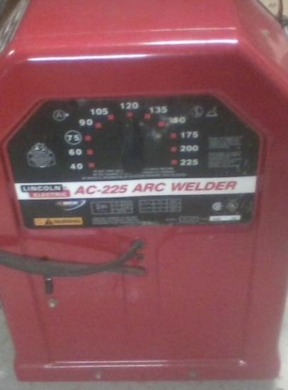Lincoln Welder AC225 Arc Welder