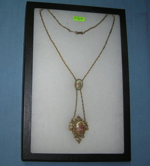 Great early Victorian decorated necklace
