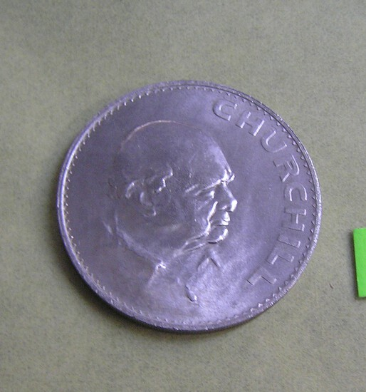 Winston Churchill vintage dollar size English coin