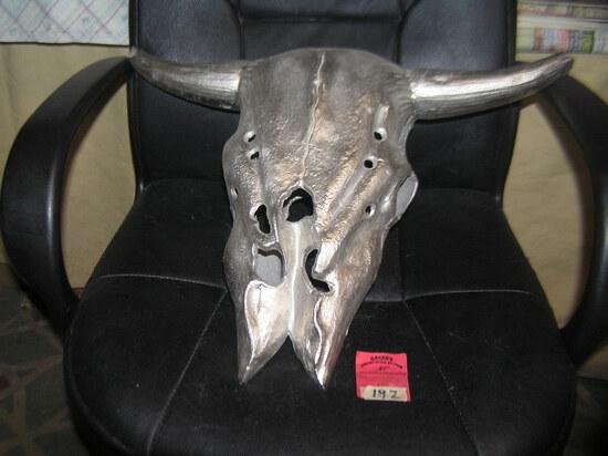 Heavy cast metal steer head wall display piece