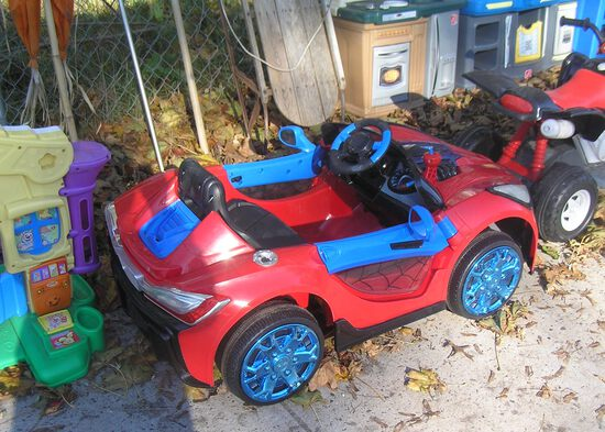 Spiderman electric kids ride on toy car