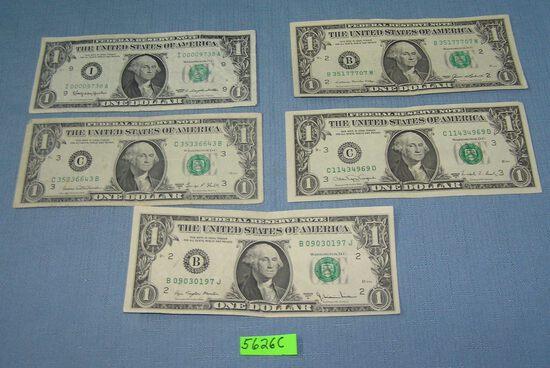 Group of vintage US one dollar bills