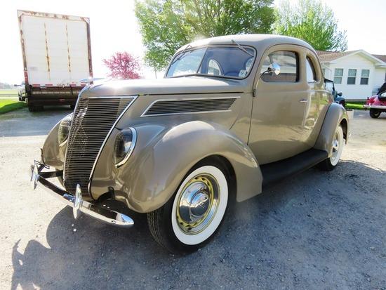1937 Cordova Ford