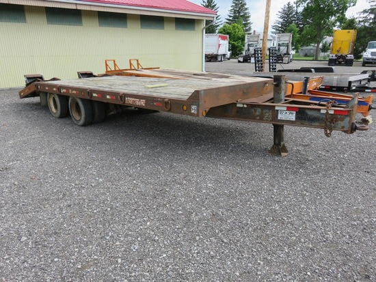 2000 Towmaster Trailer