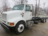 2001 International 8100 Cab & Chassis