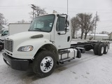 2014 Freightliner M2106 Cab & Chassis