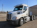 2011 Freightliner Cascadia 113 Daycab