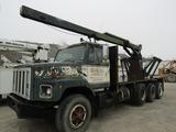 1981 International Crane Truck
