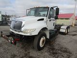 2009 International 4400 Cab & Chassis