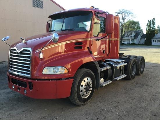 2012 Mack CXU613 Daycab