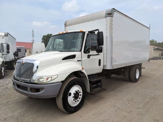 2014 International 4300 Box Truck