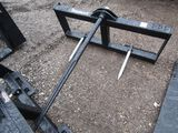 New Tomahawk Bale Spear
