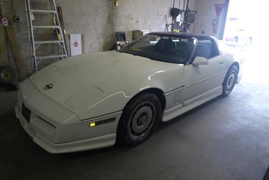 1984 Corvette (Stick/Auto)