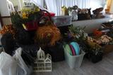 Décor (Flowers, Baskets, Lights, Etc.