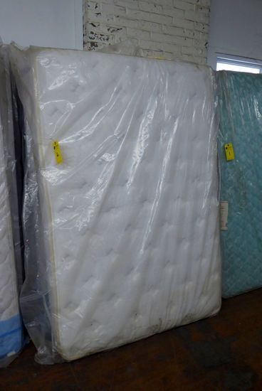 Full Mattress & Box Spring