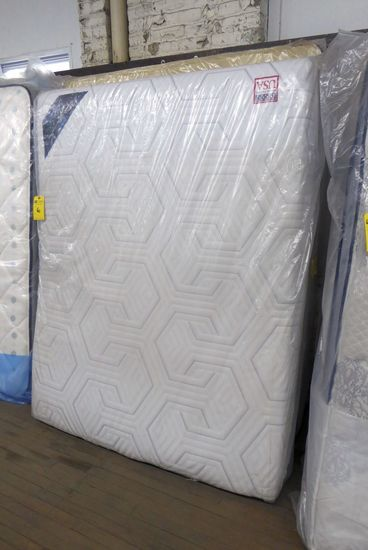 Queen Mattress & Box Spring Memory Foam
