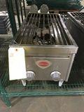 Wells Countertop 2-Burner Gas Range