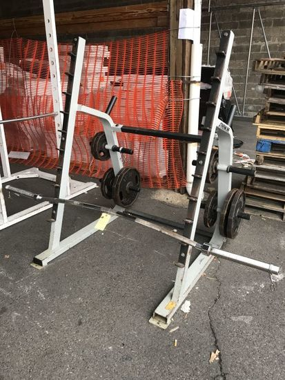 Streamline Squat Rack w/Barbell And Plates