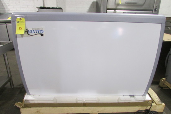 Avantco Commercial Display Freezer