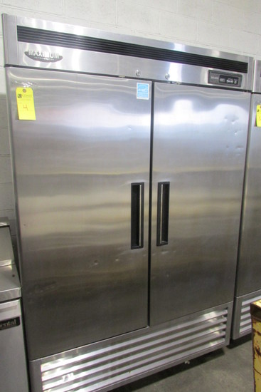 Maximum Double Door Commercial Refrigerator, m/n MSR-49NM