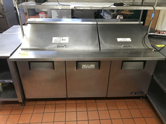 True 8' Refrigerated Prep Station