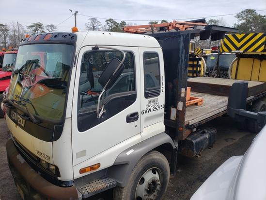 2004 Isuzu FVR Attenuator Truck