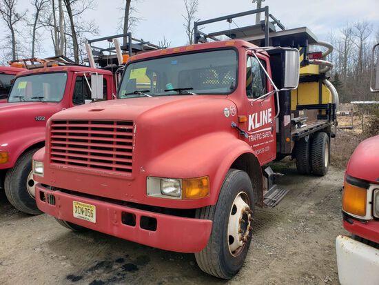2000 International 4700 Single Axle Attenuator Truck, Automatic Transmissio