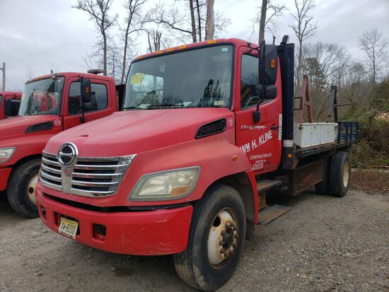 2006 Hino 268 Single Axle Reel Truck, Automatic Transmission, Diesel, 16' S