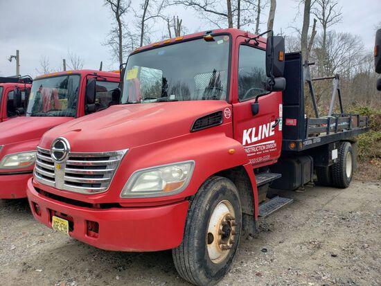 2006 Hino Single Axle Reel Truck, Automatic Transmission, Diesel, 18' Wood