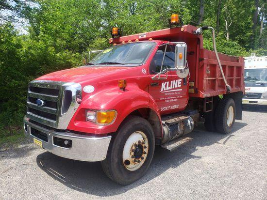 2011 Ford F-750 XLT Super Duty Single Axle Dump Truck
