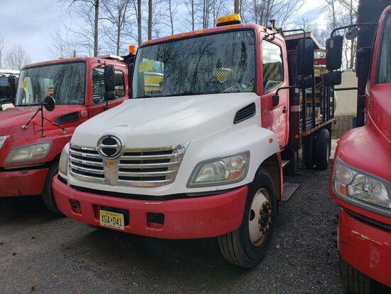 2006 Hino 268 Single Axle Attenuator Truck, Automatic Transmission, Diesel,