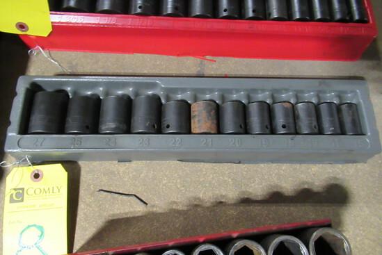 Snap-On 12 Pc. Socket Set, 15mm-27mm