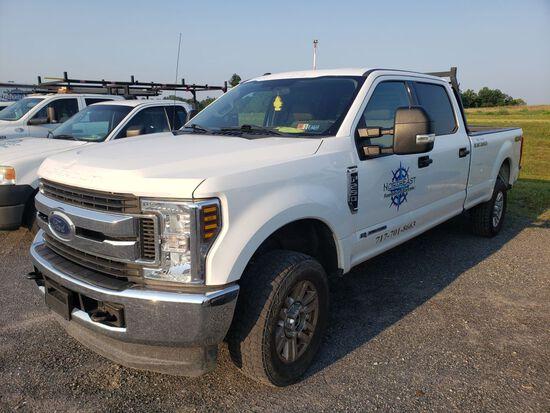 2018 Ford F-250 XLT Super Duty Crew Cab Pickup Truck, 6.7L Power Stroke Turbo Diesel