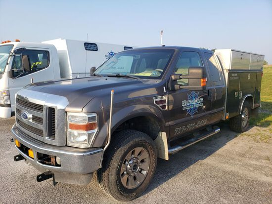2008 Ford F-350 Lariat Super Duty Extended Cab Utility Truck, V8 Power Stroke Diesel
