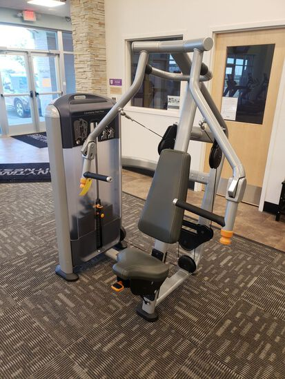 Precor Converging Chest Press, Selectorized, m/n Discovery, s/n BA82J25180001